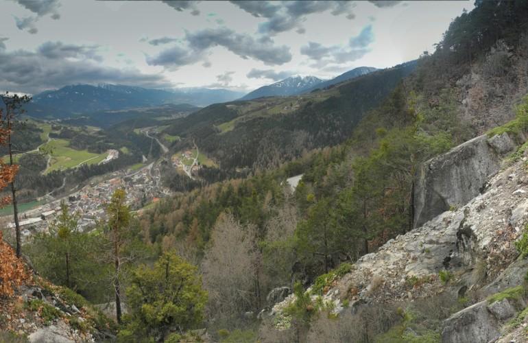 Das steile Gelände bietet eine unbeschreibliche Aussicht auf Mühlbach